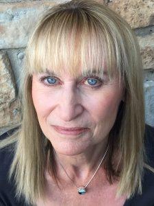 Headshot of Marlo Bennett